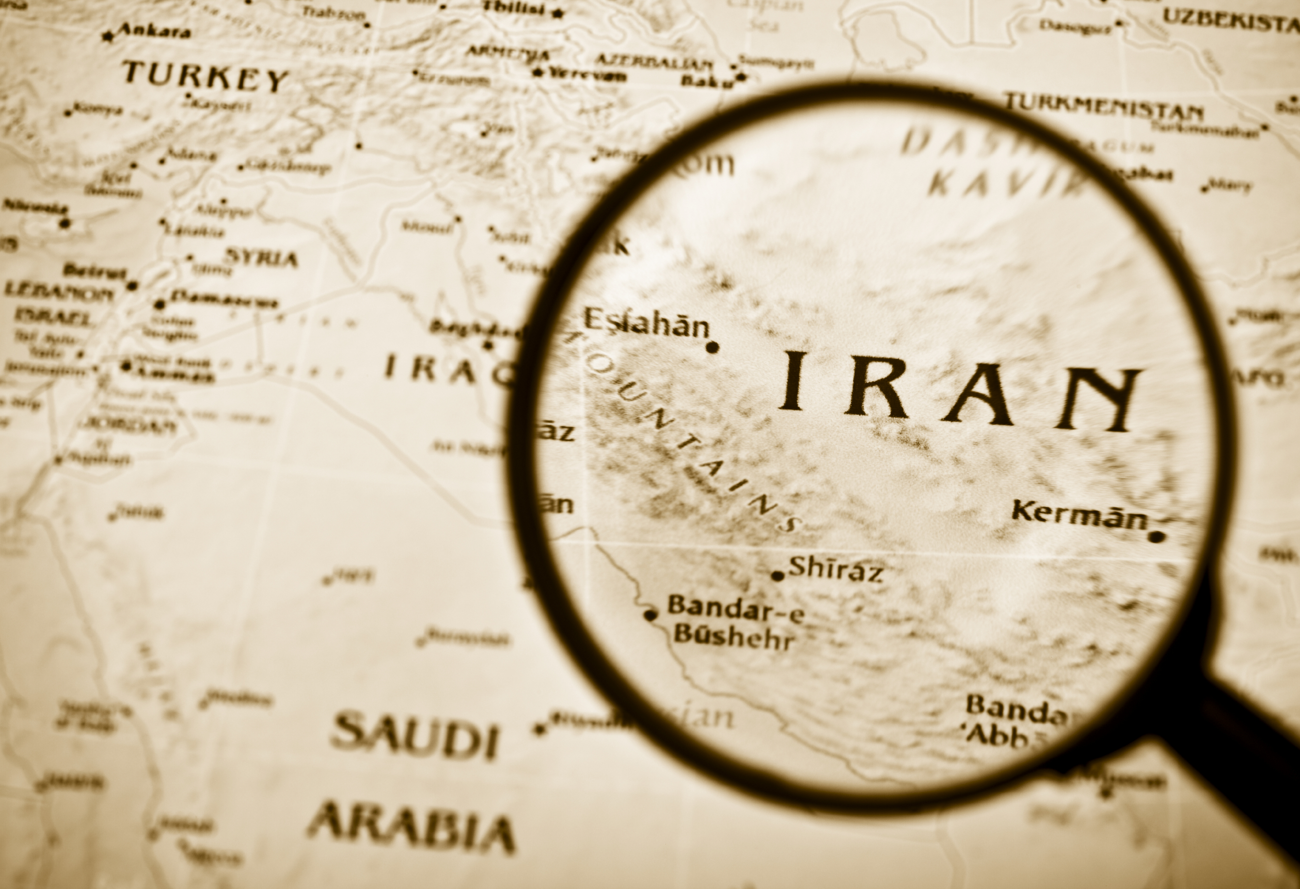 Iranian Hacker Group OilRig Thought to Be Using Russian Hackers-for