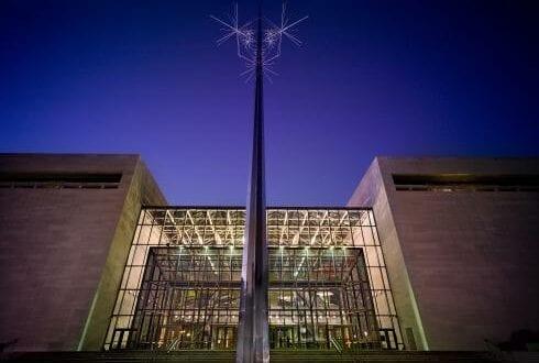 Smithsonian receives $200 million donation from Jeff Bezos